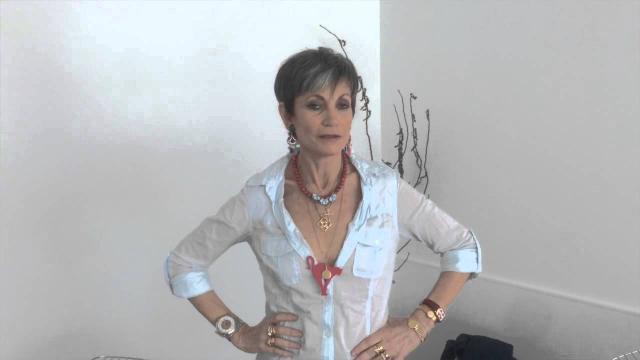 TPMP: Isabelle Morini-Bosc s'endort en plein direct, Hanouna la recadre