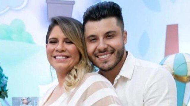 Marília Mendonça anuncia a volta do relacionamento com o cantor Murilo Huff