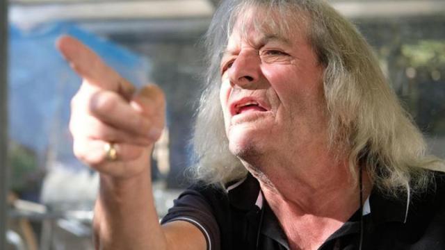 TPMP : René Malleville critique les chroniqueurs et Cyril Hanouna