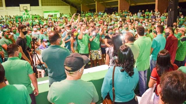 Segundo médico, eleições ajudaram a aumentar casos de Covid-19 no Brasil