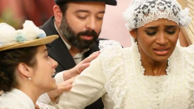 Una Vita, trame iberiche: Santiago fa saltare il matrimonio tra Felipe e Marcia