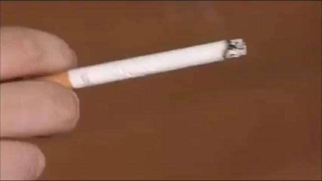 Milano, da domani 19 gennaio sarà vietato fumare all'aperto tranne che in luoghi isolati