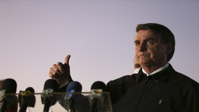 Bolsonaro diz que, 'se Deus quiser', vai cumprir seu mandato até o fim