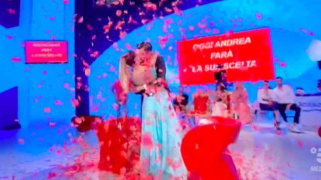 Grande Fratello Vip, Andrea e Natalia potrebbero andare a convivere dopo il reality show