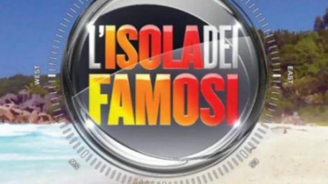 Isola dei Famosi 2021: Teo Mammuccari possibile inviato, in lizza anche Aurora Ramazzotti