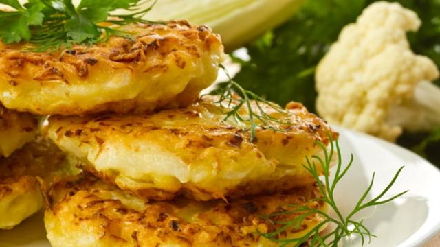 Ricetta, frittelle di cavolfiore: un piatto gustoso e croccante