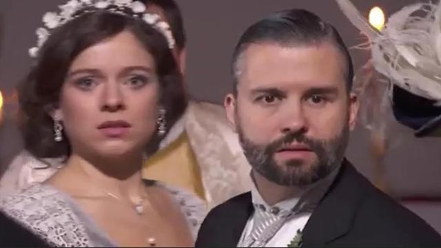 Una Vita, trame Spagna: Genoveva incinta di Santiago, inganna Felipe