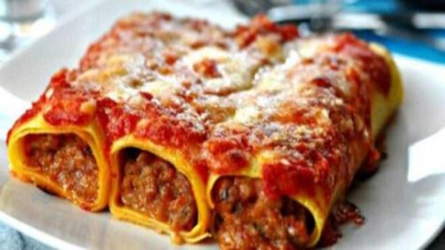 Ricetta, Rotoli di pasta con carne e spinaci: un primo piatto molto gustoso