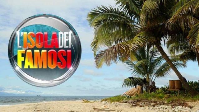 Isola dei Famosi: Simone Paciello primo concorrente ufficiale del reality show