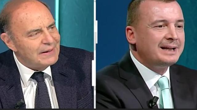 Cartabianca, Vespa accusa Casalino di aver influenzato i giornalisti