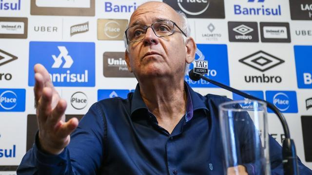 Presidente do Grêmio garante que clube deve trazer três ou quatro reforços de peso