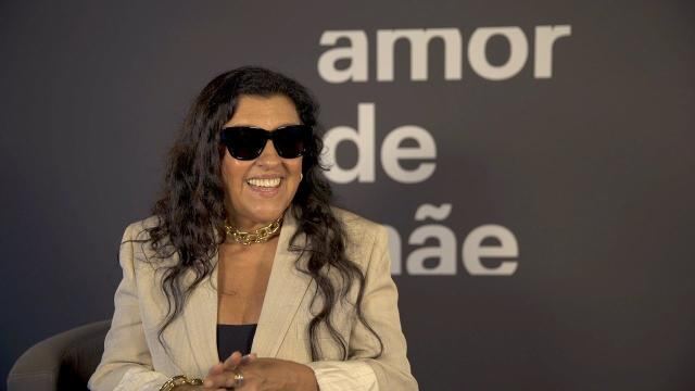 Regina Casé faz aniversário e recebe homenagem de famosos nas redes sociais