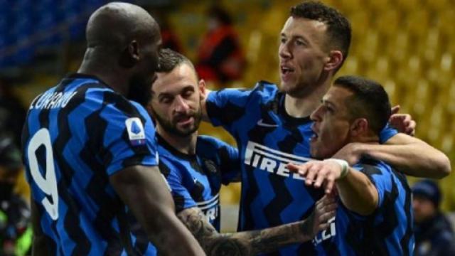 Parma-Inter 1-2, pagelle nerazzurre: Sanchez il migliore in campo, Handanovic super