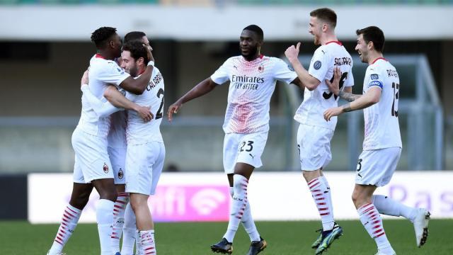 Milan: Krunic e Dalot stendono il Verona, i rossoneri rialzano la testa