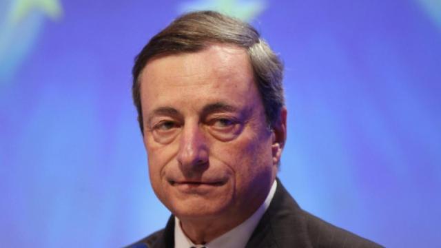 Covid-19, Draghi: 'no alle vaccinazioni a chi ha meno di 60 anni'