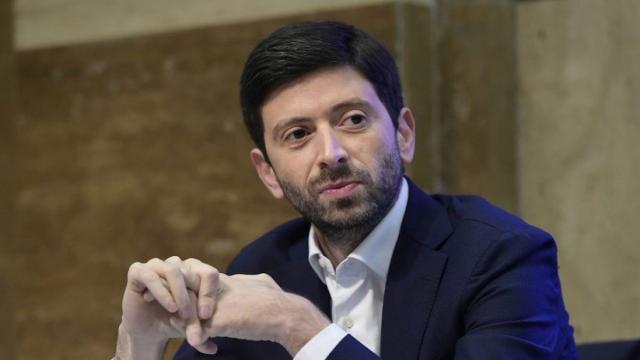 Covid-19, Speranza a Che tempo che fa: 'Vaccinati 13 milioni di italiani'