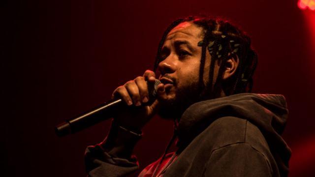 Cinco músicas de sucesso do rapper brasileiro Emicida