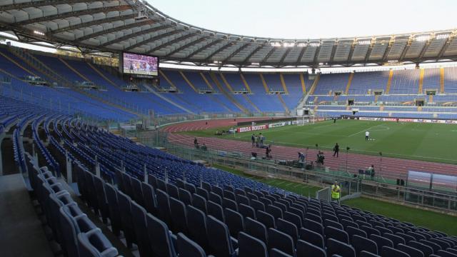 Tifosi allo stadio per gli Europei: c'è l'ok del governo