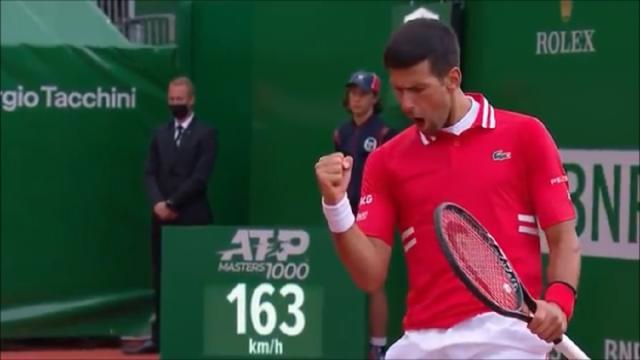 Atp Montecarlo, Djokovic supera lo scoglio Sinner e passa agli ottavi di finale