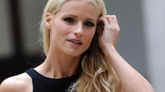 Striscia, Michelle Hunziker si scusa dopo le polemiche sulla presunta discriminazione