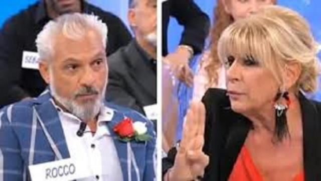 Uomini e Donne, Rocco dice che Gemma cerca un'amore inesistente