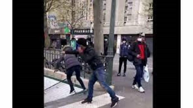 Paris : Un dealer pousse une toxicomane dans les escaliers du métro