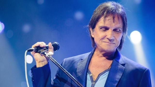 5 grandes artistas que deram os parabéns a Roberto Carlos no dia do seu aniversário