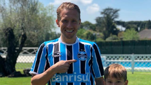 5 jogadores que já manifestaram o desejo de retornar ao Grêmio