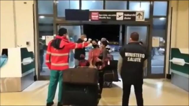 Covid, 23 positivi su volo atterrato a Fiumicino proveniente dall'India