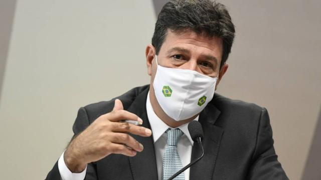 Mandetta diz que Bolsonaro recebia orientações sobre a pandemia de grupos paralelos