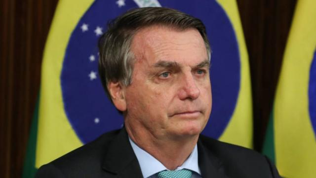 De acordo com a BBC, estratégia para gerar imunidade pode afetar Bolsonaro na CPI