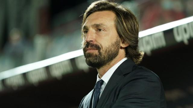 Juventus, la società ha deciso: Pirlo per il momento resta al suo posto