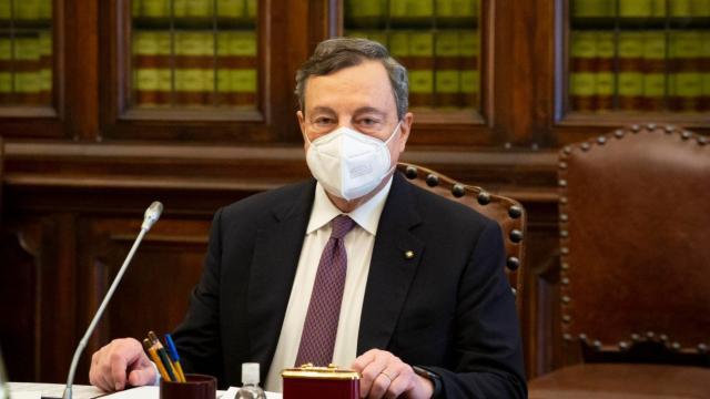 Draghi riunisce la cabina Politica, tema del confronto: lo slittamento del coprifuoco