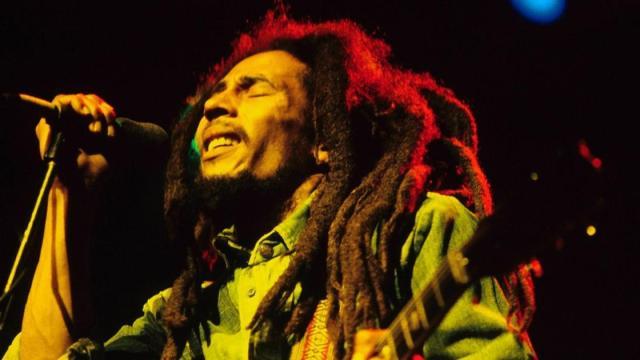 Quarant'anni fa moriva Bob Marley: le sue canzoni sono sempre attuali