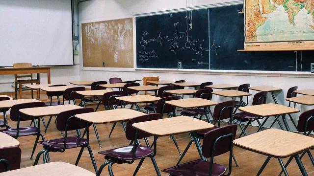 Bianchi al lavoro sulle cattedre vuote: Possibile stabilizzazione di 60.000 insegnanti