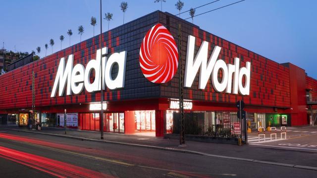 Mediaworld assume in tutta Italia: posizioni per addetti alle vendite e magazzinieri