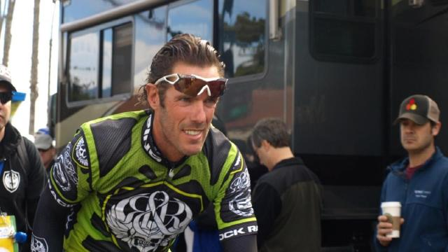 Giro d'Italia, Cipollini: 'Cadute? Bisogna salvaguardare i corridori'