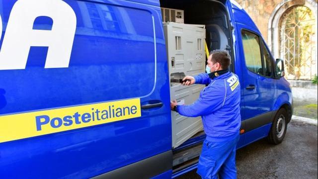 Poste Italiane: nuove posizioni aperte per postini e corrieri