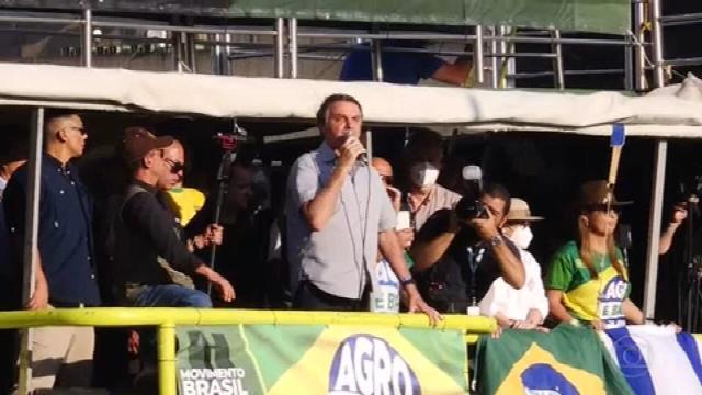 Bolsonaro volta a defender voto impresso em Brasília