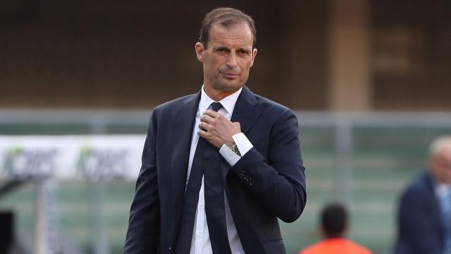 Juve: Allegri avvistato a Torino con Grosso e Cherubini
