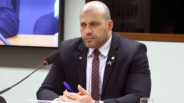 PGR pede que o deputado federal Daniel Silveira volte para a prisão