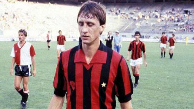 Cruyff, quarant'anni fa la sua brevissima parentesi con la maglia del Milan