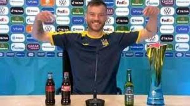 Euro : Yarmolenko fait de l'humour et veut bien collaborer avec Coca-Cola et Heineken