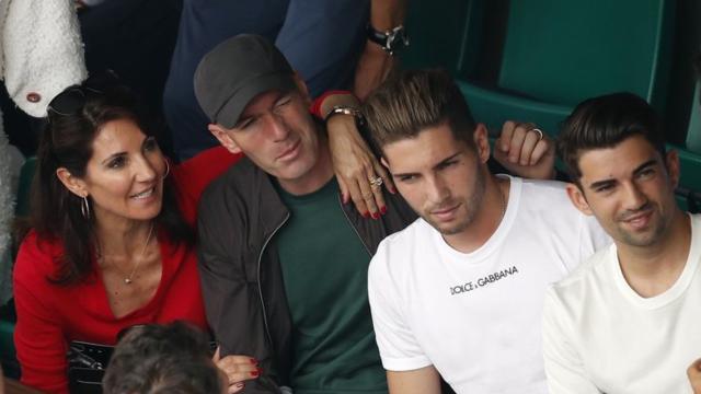 Zidane fait une petite visite remarquée à Rodez pour voir jouer son fils Enzo