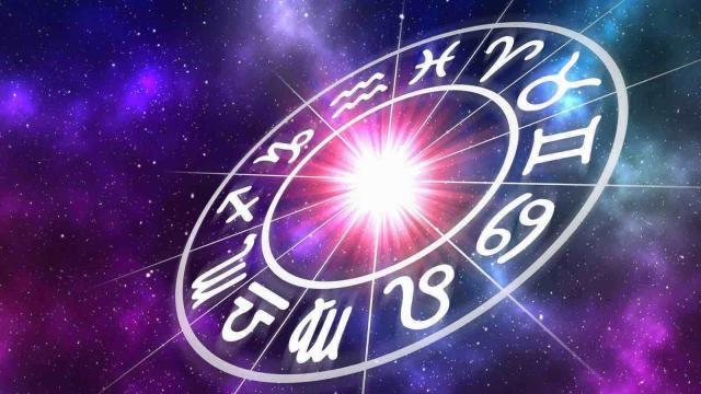 Oroscopo, stelle e classifica del 30/06: Capricorno passionale, Pesci pigro