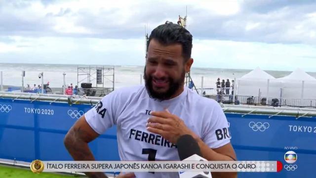 Celebridades parabenizam Ítalo Ferreira por medalha de ouro no surf