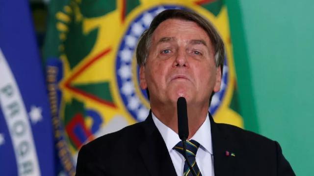 Bolsonaro divulga vídeo dizendo que eleições de 2022 devem ser por voto impresso