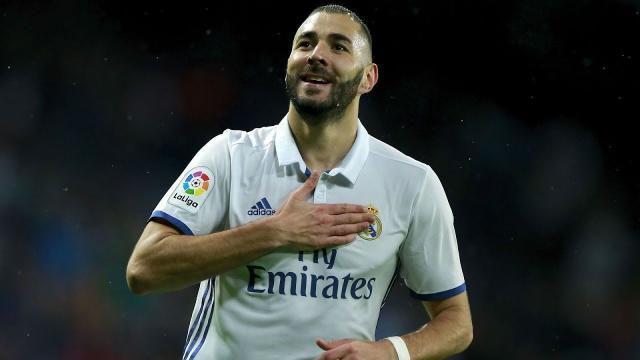 Karim Benzema a fait découvrir la thérapie des ventouses à Paul Pogba