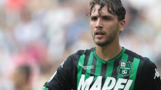 Calciomercato Juventus, Locatelli e Pjanic i nomi per il centrocampo