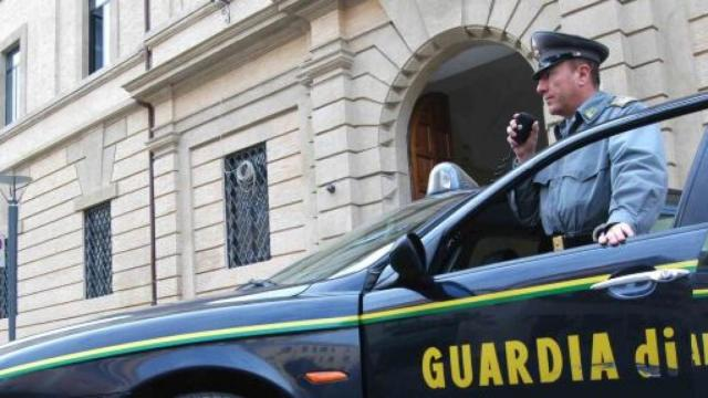 Catanzaro, maxi operazione antidroga: 57 misure cautelari, beni sequestrati per 3,7 mln